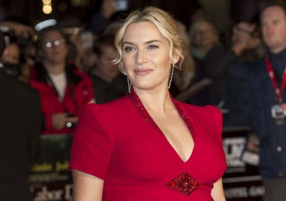 kate-winslet-makeup-trick-blush-shading-sculpting-w724