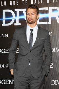 """""""Divergent"""" Mexico City Premiere - Red Carpet"""